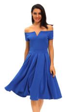 Solidna niebieska, gruba flaredowa sukienka w stylu midi