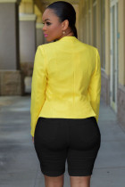 Zwarte denim vernietigde Bermuda-shorts