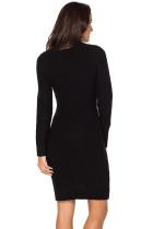 ブラックケーブルニットハイネックセータードレス