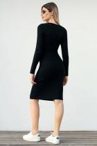 لباس پلوستی جزئیات دکمه سیاه
