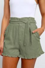 Grüne Getaway-Shorts mit hohem Bund und Rüschenbesatz
