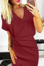 Red V Neck Cutout Gaun Bodycon Wiru Terbalik