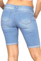 Голубые джинсовые рваные шорты-бермуды