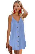 Błękitna sukienka z guzikami