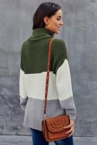 녹색 터틀넥 컬러 블록 풀오버 스웨터
