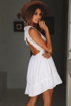 コンフォートドレスの白い生き物