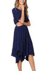 Sininen sifonki epäsäännöllinen hem lyhyt hiha laskostettu mekko
