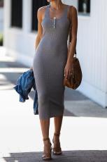 Graues Sommer Rippen Strick Midi Kleid
