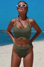 Yeşil İki parçalı Örgü Desenli Kırpma Bikini Seti