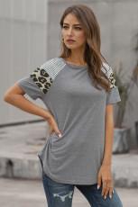 T-shirt gris rayé léopard à manches courtes pour femmes