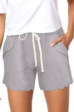 Short gris à poches avec cordon de serrage