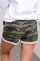 Groene katoenen casual short met camouflageprint