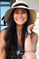 Béžová plážový slaměný klobouk