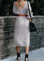 Rochie gri cu pulover cu panglici gri