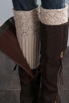 Bézs színű kötött lábmelegítő zokni