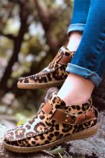 สายรัดหัวเข็มขัดเสือดาวเย็บมือรองเท้าผ้าใบปลายกลม