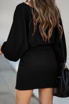 ブラックVネックリブセータードレス