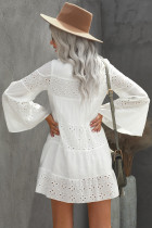 Beyaz O Boyun Flare Kol Düz Renk Mini Elbise Oymak