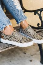 Zapatillas sin cordones con estampado de leopardo marrón