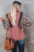 Свитшот-пуловер с леопардовым принтом и карманами