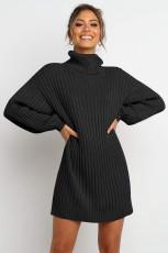 Fekete turtleneck léggömb ujjú pulóverruha