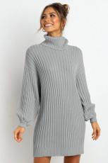 Szürke fehérnyakú lufi ujjú pulóverruha