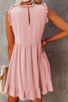 Розовое платье бэбидолл с рюшами и карманами