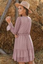 Rosa Fuzzy Polka Dot Rüschen Minikleid mit Rundhalsausschnitt und Gürtel