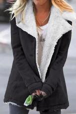 Fekete hajtókás galléros farmer farmer meleg kabát