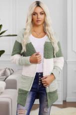 เสื้อคาร์ดิแกนสีเขียว Colorblock Popcorn Knit