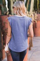 T-shirt à manches courtes et col en V boutonné en dentelle