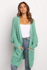 Grüne Strickjacke mit offener Schnur und offener Front und Taschen