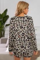 Conjunto de pijama de salón con estampado de leopardo salvaje