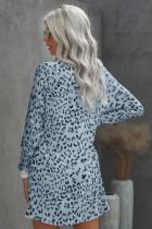 Hemelsblauwe mini-jurk met ronde hals en luipaardprint met lange mouwen