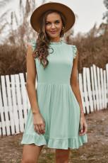 Зеленое платье бэбидолл с рюшами и карманами