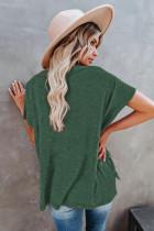 Top verde de manga corta con cuello en V de mezcla de algodón con lavado mineral extragrande