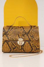 กระเป๋าถือ Kelly ไหล่เดียวลายหนังงูสีเหลือง