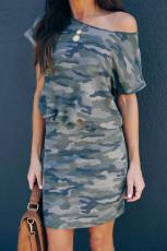 Grijze camo mini-jurk met één schouder en korte mouwen