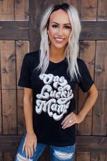 Una camiseta Lucky Mama