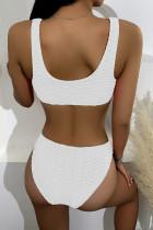 Bikini cu nervuri albe tivite albe