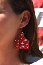 Brincos estampados com estrela vermelha de lantejoulas