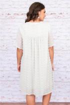 ホワイトVネックポンポンベビードールスタイル半袖フローリーミニドレス