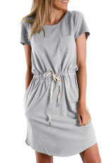 Szara sukienka mini ze sznurkiem w talii