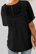 Top babydoll texturizado com mangas pretas esvoaçantes