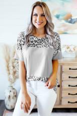 Tricou gri de blocare a culorilor cu imprimeu leopard