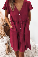 فستان ميني بيبي دول برقبة على شكل V وأزرار بخصر الإمبراطورية