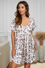 Dzianinowa sukienka z krótkim rękawem w gepard