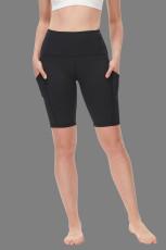 กางเกงขาสั้นโยคะเอวสูงควบคุมหน้าท้องสีดำ